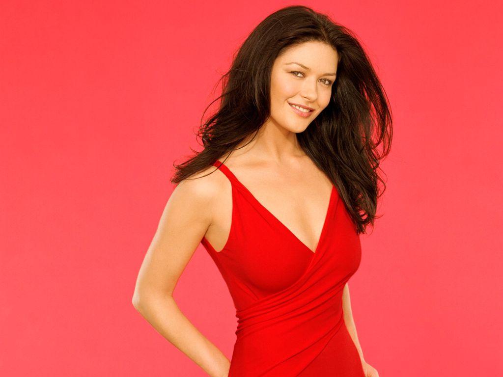 Рыжая в красном платье фото 14 фотография