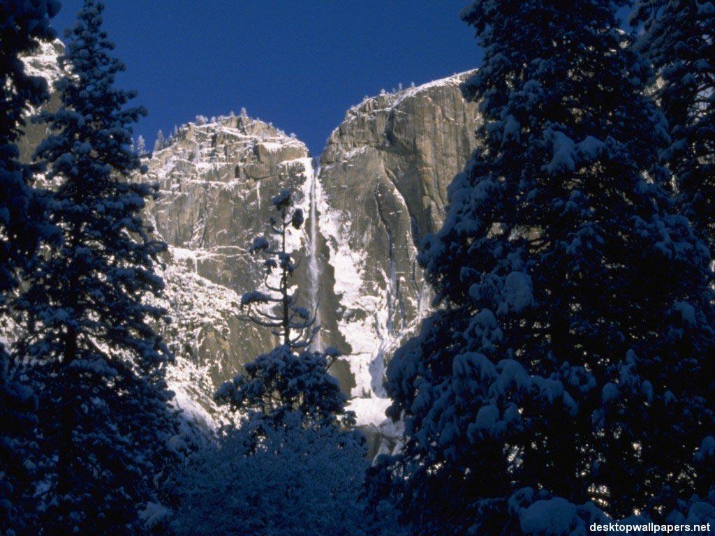 Горы широкоформатные обои