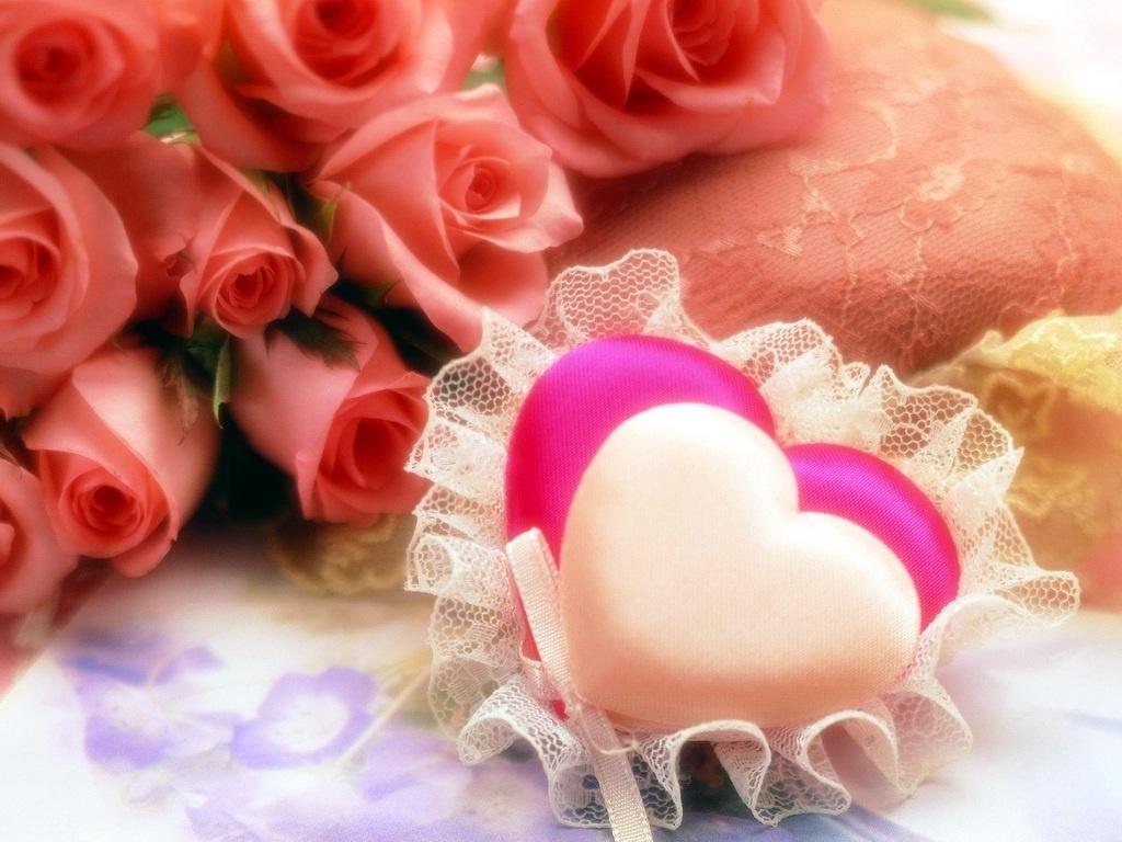 Трогательные сердечки красивые обои