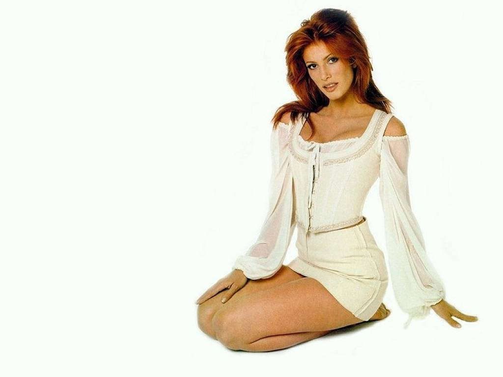 Angie Everhart обои