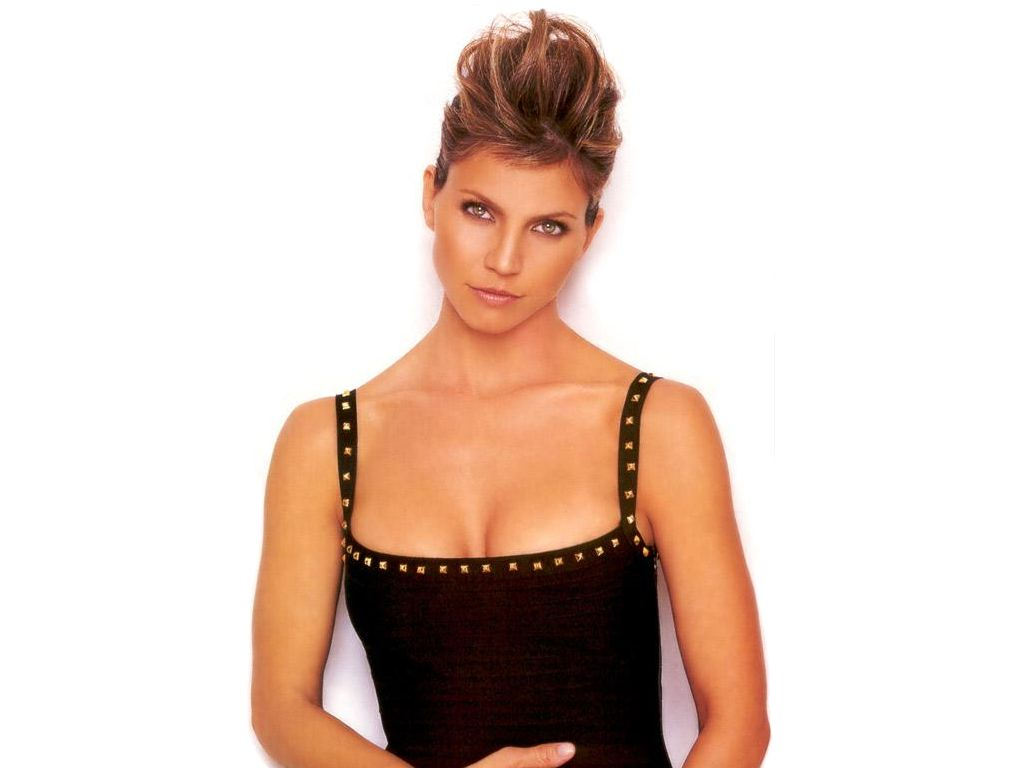 Charisma Carpenter обои