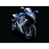 Сине-голубой японский мотоцикл Suzuki, скачать бесплатно картинки и обои