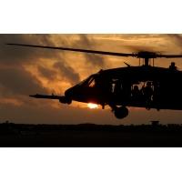 Вертолет на закате - скачать фото на рабочий стол и обои