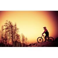 Велогонщик - обои для большого рабочего стола и картинки