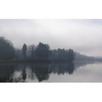 Утро над озером - картинки и обои для рабочего стола 1024 768