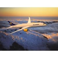 Boeing-787 над вершиной - фото на рабочий стол и картинки