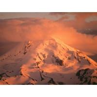 Розовые облака над горами - картинки и бесплатные рисунки для рабочего стола