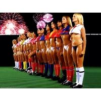 Девушки и футбол - широкоформатные обои и большие картинки
