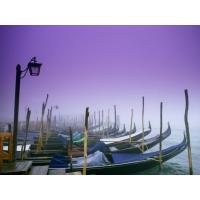 Стоянка Гандол - обои, картинки и фото скачать бесплатно