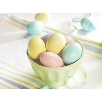 Яйца в кружке - картинки на рабочий стол и обои скачать бесплатно