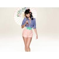 Девушка с зонтиком - красивые обои и фото установить на рабочий стол